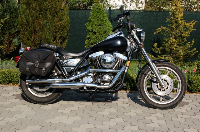 Harley Low Rider Convertible  jetzt schwarz